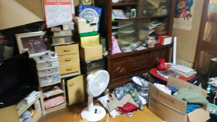 岡山市南区浦安_不用品回収事例_和室片付け前