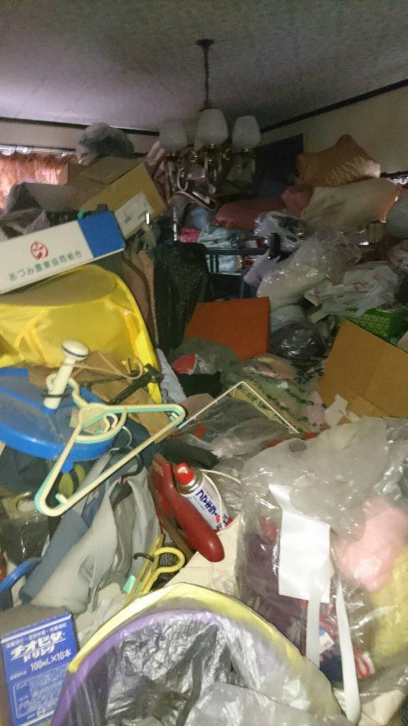 岡山市東区浅越_粗大ゴミ回収前のダイニング