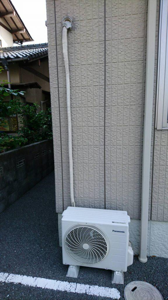 岡山市北区北方一丁目での不用品回収_室外機取り外し前