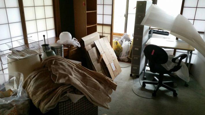岡山市北区吉備津_不用品回収_粗大ゴミまみれの仕事部屋