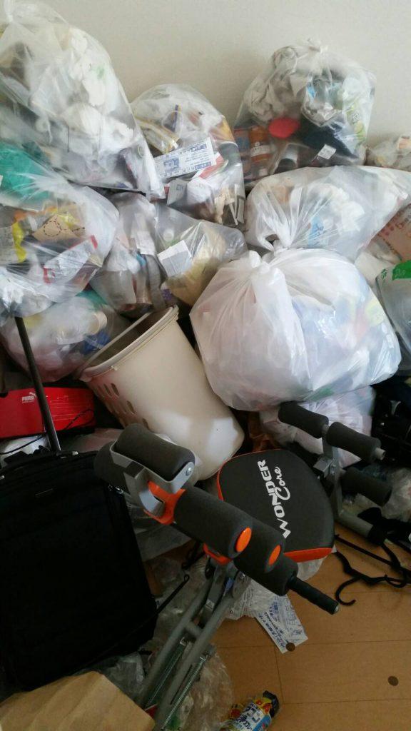 不用品回収_岡山市南区豊成_居間に溜まって粗大ゴミ