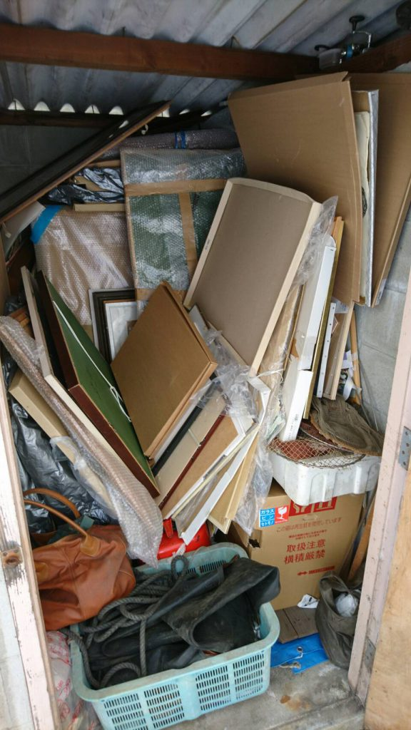岡山市北区学南町一丁目の不用品回収_片付け前の倉庫