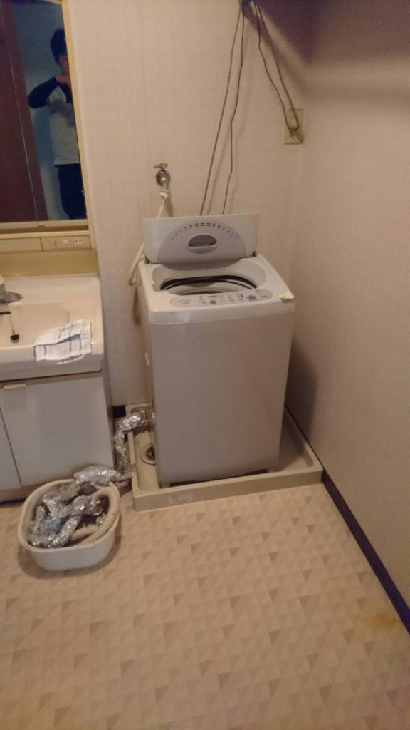 不用品回収_岡山市中区四御神_回収前の洗濯機