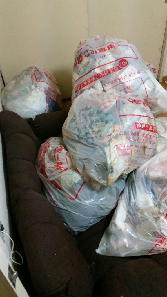 不用品回収_岡山市南区妹尾_洋室の粗大ゴミ回収前