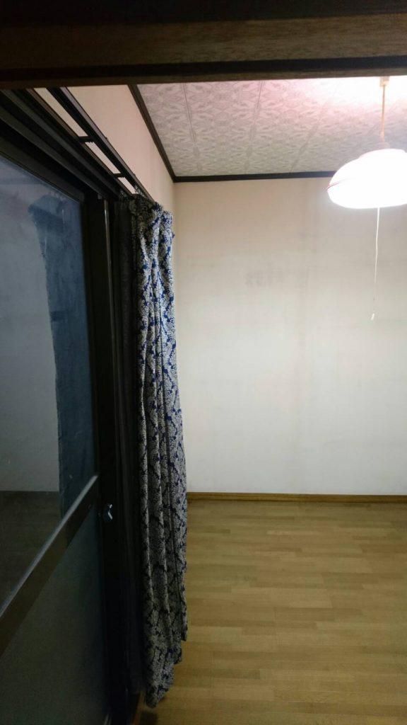 岡山市東区浅越_粗大ゴミ回収後の寝室